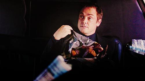 Crowley novamente...